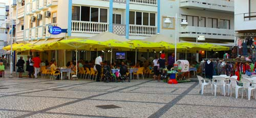restaurants at Monte Gordo